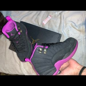 "COPY - jordan 12 retro hyper violet ""kings"""